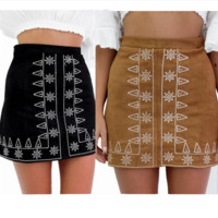 All-match Fashion High Waist Embroidery Pattern Chamois Pack-hip Short Skirt