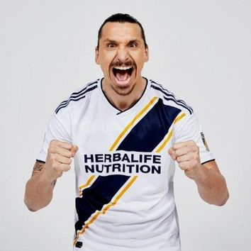 LMFLD1 2018 Best Quality Adults T-shirt Los Angeles Galaxy Men Clothes  2018 IBRAHIMOVIC Jerse Leisure Slim Fit T Shirts Male Clothing