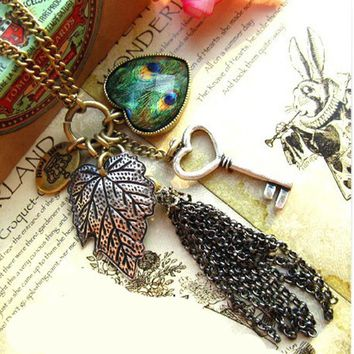 2016 New Fashion Women Vintage Long Sweater Chain Love Heart Peacock Feather Leaves Key Tassel Retro Necklace