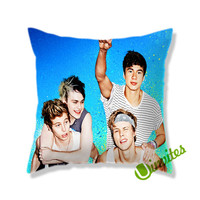 Second Of Summer Beach Festival Square Pillow Cover