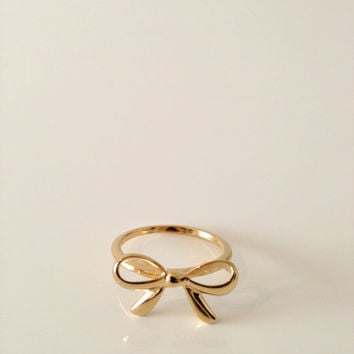Bow Ring,Dolly bow, Gold filled ring,14 Karat gold filled,delicate,vermeil,knot ,ribbon ,knot ring,cute ring/ring for women/sister ring