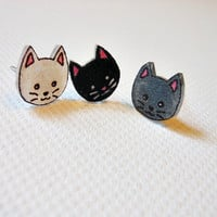 Kitty stud earrings Pick your color