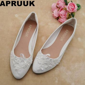 SALES PROMOTION! Flats wedding shoes women white lace plus sizes sweet lace flower girl shoes bridesmaid flat heel shoes