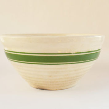 Vintage Yellow Ware Bowl with Green Stripes, Vintage 1930's Green and White  Pottery, 8 Inch Kitchen Mixing Bowl