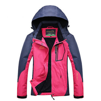 Women Outdoor Softshell Jackets Spring Autumn Waterproof Hiking Coats Windbreaker Thermal Sports Jackets For Camping Ski RW035