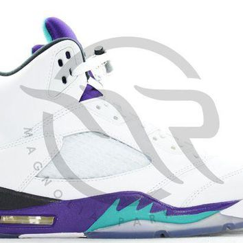 NOV9O2 AIR JORDAN RETRO 5 - GRAPE
