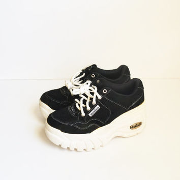 Vintage 90s Skechers Sneakers Platform Sneakers Skechers Platform Shoes Black and White Sneakers Spice Girls Kicks Rave Club Kid Size 7