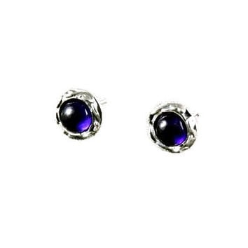 Amethyst earrings, Amethyst stud earrings, Amethyst silver earrings, silver studs, gemstone earrings, small stud Earrings, birthstone studs