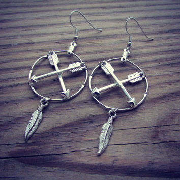 Crossing Arrow Earrings