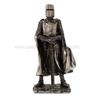 Medieval Crusader Knight With Sword - 8557