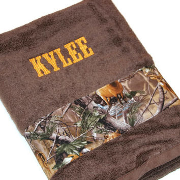 Camo Custom Towel, Hunter, Camoflage, Groomsman Gift, Custom Personalized Embroidered, Baby Shower Gift, Towel, Monogrammed Gift
