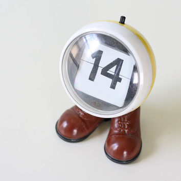 Mod Perpetual Calendar - it even has shoes