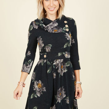 Coach Tour Dress in Forest Floral - 3/4 Sleeves | Mod Retro Vintage Dresses | ModCloth.com