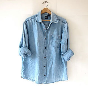 vintage jean shirt. washed out denim shirt. light wash jean shirt. oversized boyfriend shirt.