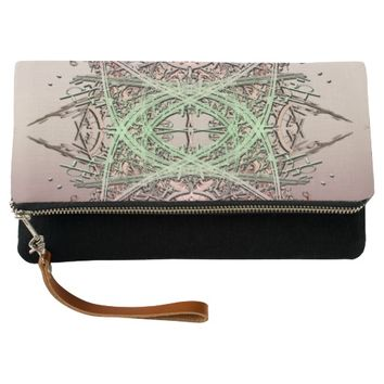 Abstract Design 1 Clutch