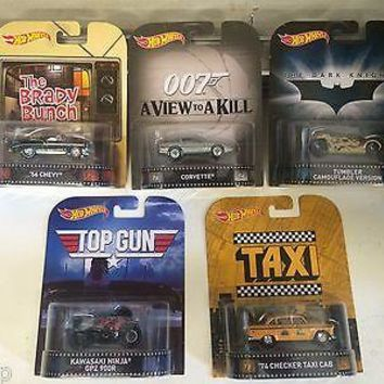 Set 5 Hot Wheels Retro Entertainment BradyBunch,Top Gun,Batman,Taxi,007 Case J