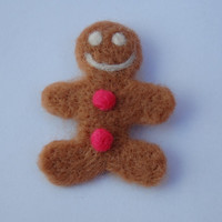 Needle Felted Gingerbread Man Brooch -Handmade Christmas Brooch/Stocking Filler/Christmas Accessory/Festival Accessory/Sweet Gift for Bakers