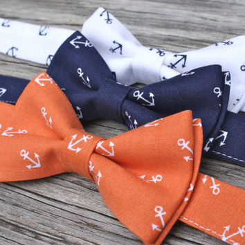 Navy Bowtie -- Anchor Bow Tie -- Nautical Tie -- Boys Navy Bow Tie -- Mens navy bow tie