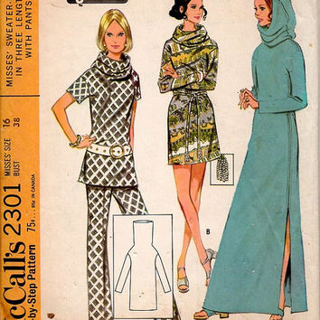 McCall's 2301 Sewing Pattern 1970s Boho Hippie Style Cowl Neck Hooded Dress Tunic Pullover Beach Cover Housedress Robe Uncut Bust 38