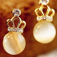 Cute Opal Rhinestone Crown Stud Earring from LOOBACK FASHION STORE