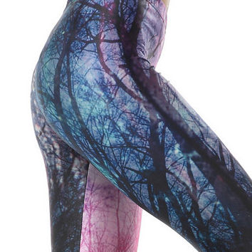 Romantic Closefitting Leggings in Neon and Tree Printed