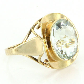 Vintage 14 Karat Yellow Gold 6.75 Carat Natural Aquamarine Cocktail Ring Estate