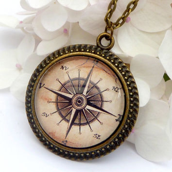 Compass necklace in bronze, men jewelry, necklace navigation, maritime, sea, round necklace, colorful necklace, Windrose