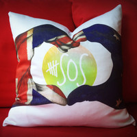 Exclusive 5SOS Throw Pillow.  Throw pillow for display.  Love 5 Seconds of Summer throw pillow case and pillow covers.