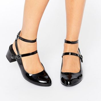 New Look Wide Fit Patent Ankle Strap Shoe