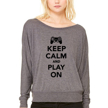 Keep calm and play on WOMEN'S FLOWY LONG SLEEVE OFF SHOULDER TEE