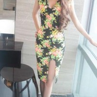 FLORAL PRINT SIDE SPLIT DRESS
