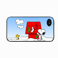 Iphone 4 Peanuts Snoopy and Woodstock Christmas Design
