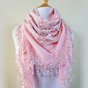 """Scarf """"Verena"""" in PINK with rich lace edge - scarflette cowl neckwarmer - Autumn/Winter"""