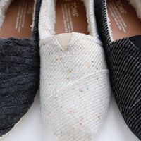 BLACK AND WHITE WOOL WOMEN'S CLASSICS