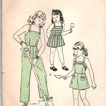 Vintage 40s Sewing Pattern Butterick 4467 Girls One Piece Play Overalls Coveralls Playsuit Shorts Pants Jumpsuit Size 4