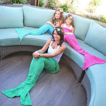 4 Sizes Yarn Knitted Mermaid Tail Blanket