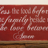 Bless The Food Before Us Pallet Sign Kitchen Sign Dining Room Wallhanging Pallet Wood Rustic Chic Farmhouse Chic Housewarming Red Decor