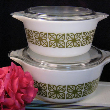 Vintage Pyrex Square Flowers Verde Covered Casserole,1.5 and 2.5 Four Piece Set, 1970's Kitchen Glassware, Food Storage