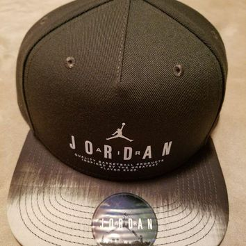 DCCK2JE Jordan Modern Heritage Snapback Adjustable Hat Air 23 Jumpman Cap 834893-355