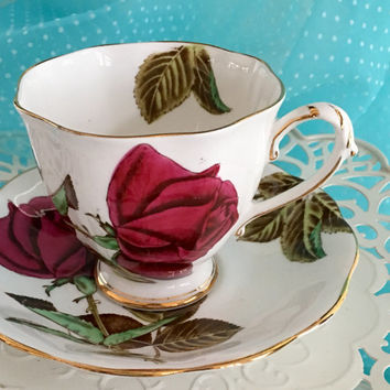 Vintage Teacup and Saucer, Royal Standard Tea Cups, English Bone China Tea Cup, Antique Teacup, English Rose, Red