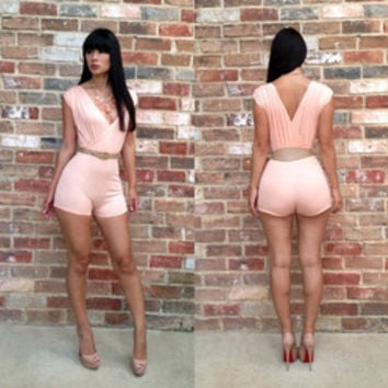 Sleeveless sexy short jumpsuit