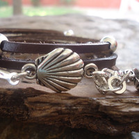 SHELLS in BROWN LEATHER leather wrap bracelet & beads