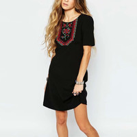 Women summer short sleeves round neck black dress lady vintage embroidered dress above dress LBJF0427-8215