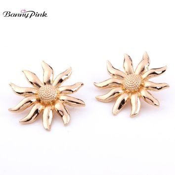 Banny Pink Cute Sunflower Studs Earrings For Women Large Gold Color Metal Post Earrings Fashion Jewelry Pendant Earrings Bijoux