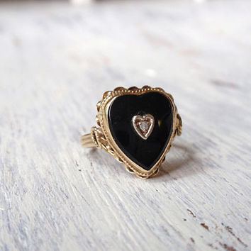 Onyx and Diamond Ring Black Heart Shaped 14k Ladies yellow gold unique