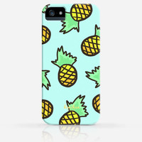 Cute Pink or Blue Pineapple Pattern Summer iPhone 4 Case, iPhone 4s Case, iPhone 5 Case, iPhone 5s Case, iPhone Hard Plastic Case