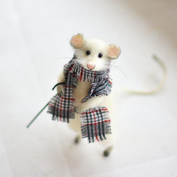 Knitted Gentleman Mouse Art Soft Sculpture Handmade Stuffed Animals White
