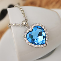 Blue gem crystal heart necklace