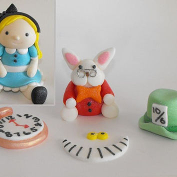 Alice In Wonderland with Rabbit, Cheshire smile, Mad Hatter Hat, and Clock Cake Toppers