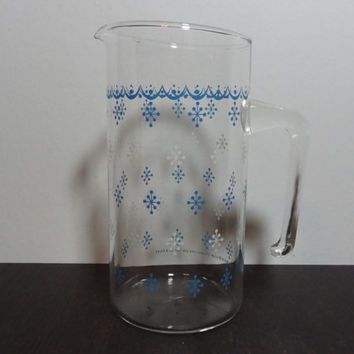Vintage Pyrex Corning Corelle Livingware Snowflake Glass Blue and White 1qt Pitcher